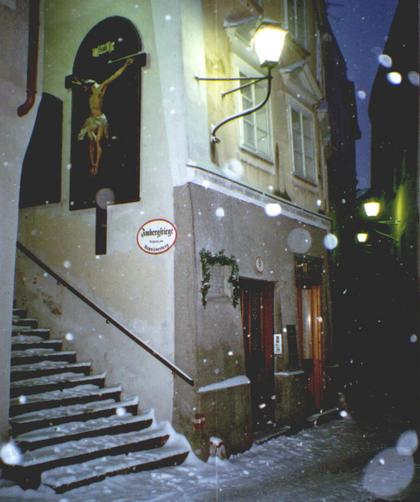 'Stille Nacht, heilige Nacht' Museum Der Geburtsort von Joseph Mohr in Salzburg Steingasse 9 zeigt das Leben der einfachen Menschen im 18ten Jahrhundert.